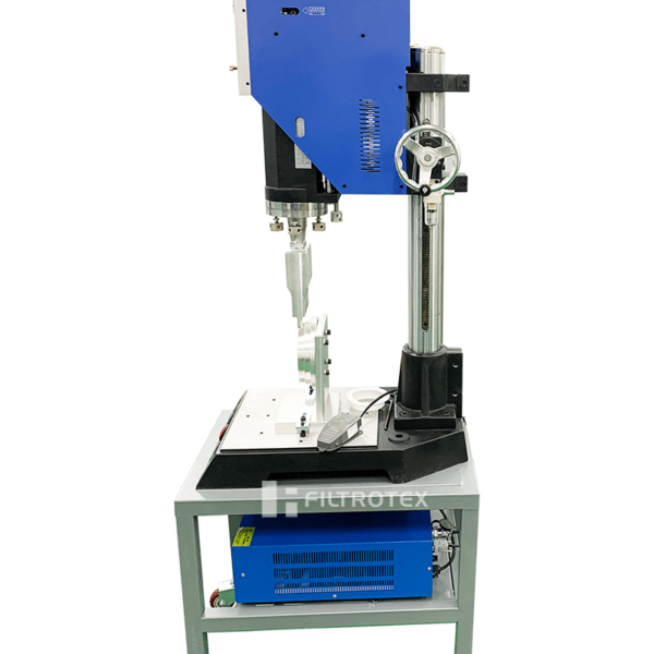 The picture is the product picture of ultrasonic welding machine for customers from filmedia.